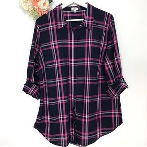 Crown & Ivy Plaid Blue and Pink Button Down XL